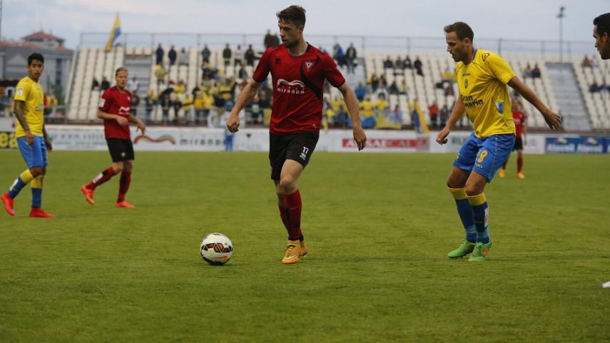 Pedro Martin forja la victoria del Mirandés
