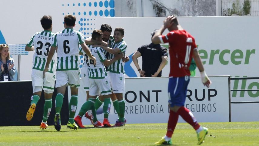 La dinamita del Betis resuelve ante el Zaragoza