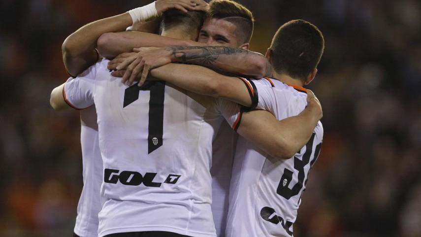 El Valencia busca acercarse a la Champions
