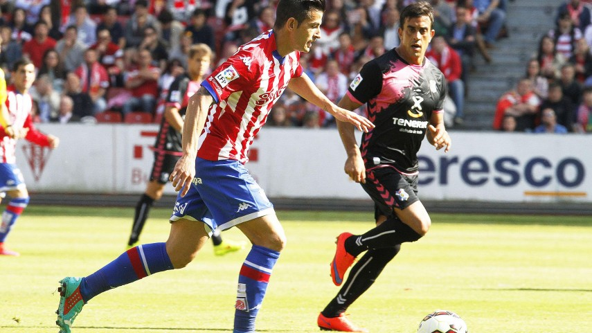 El Sporting no se rinde y sigue aspirando al ascenso directo