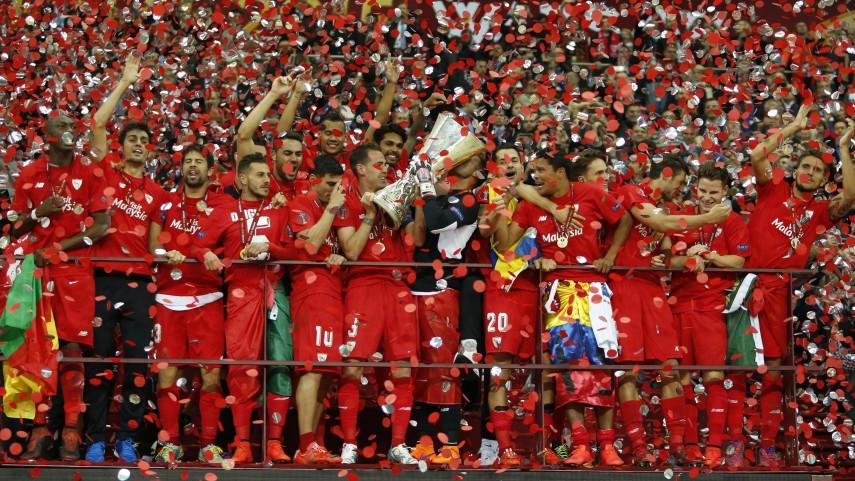 El Sevilla revalida su corona en Varsovia