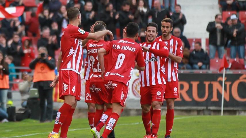 ¿Por qué a los jugadores del Girona se les llama albirrojos?