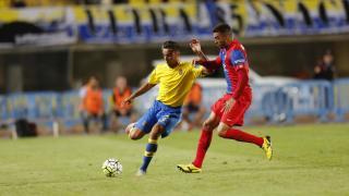 Las Palmas and Levante signed draw