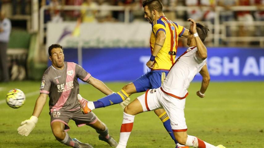 El Valencia se topa con Toño en un partido eléctrico