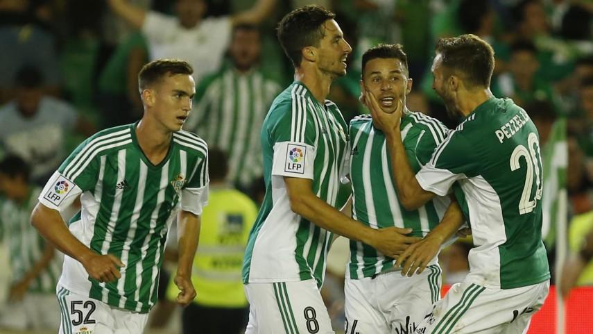 Soldado y Rubén Castro regresan con gol a la Liga BBVA