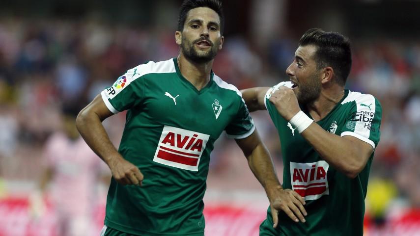 Adrián González, goleador en seis equipos de LaLiga