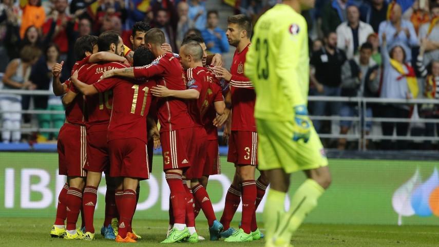 España, líder del grupo C en el camino a la UEFA EURO 2016