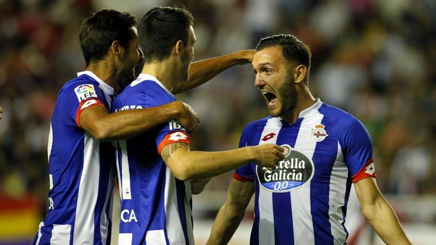 El Deportivo doblega al Rayo en Vallecas