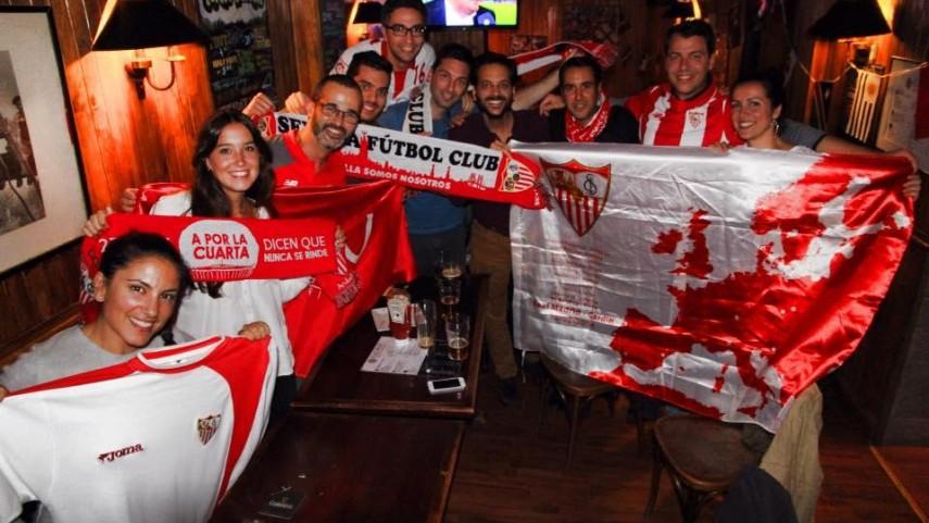 Sevilla, je t'aime: Así es la peña hispalense de Francia