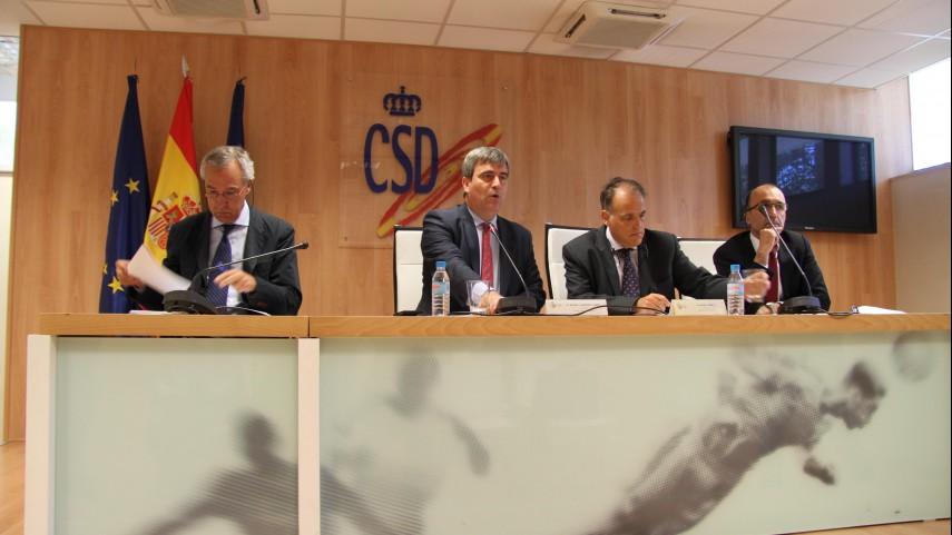 Los clubes de LaLiga reducen a menos de la mitad su deuda con la Agencia Tributaria
