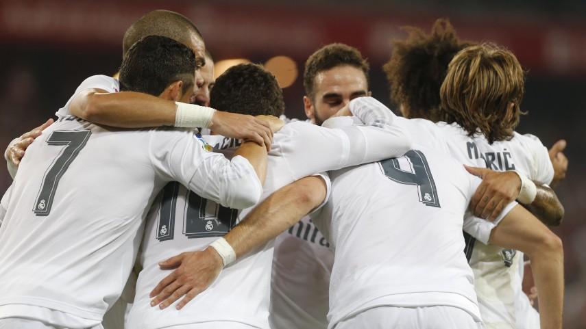 El Real Madrid conquista San Mamés y el liderato