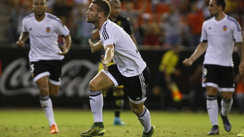 Mustafi vale tres puntos para el Valencia