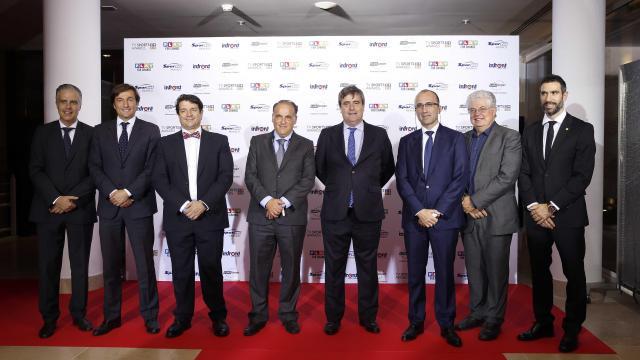 La gestión de Javier Tebas, reconocida en los Premios de la industria del deporte y la televisión