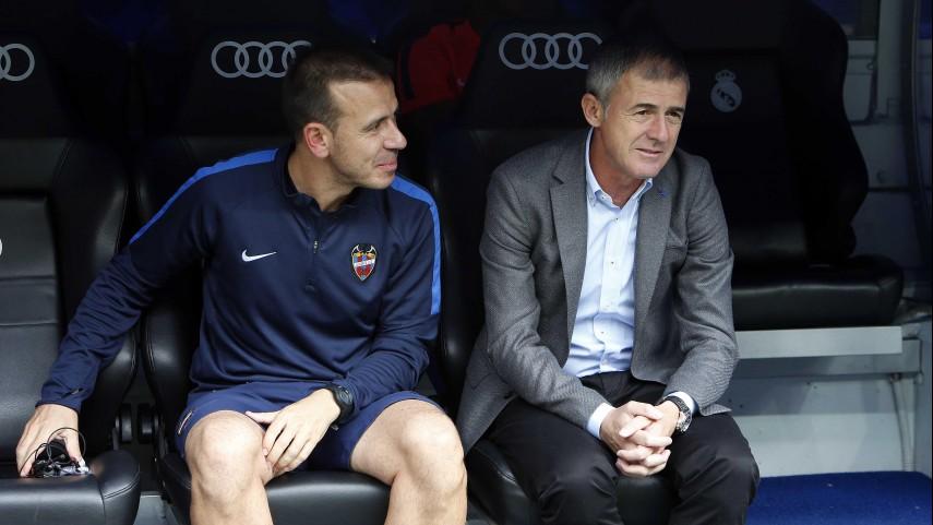 Lucas Alcaraz deja de ser entrenador del Levante UD