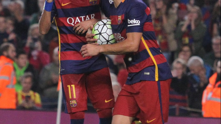 Neymar y Suárez tiran del FC Barcelona en ausencia de Messi