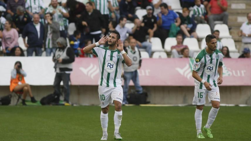 Osasuna y Córdoba no bajan el ritmo en la Liga Adelante
