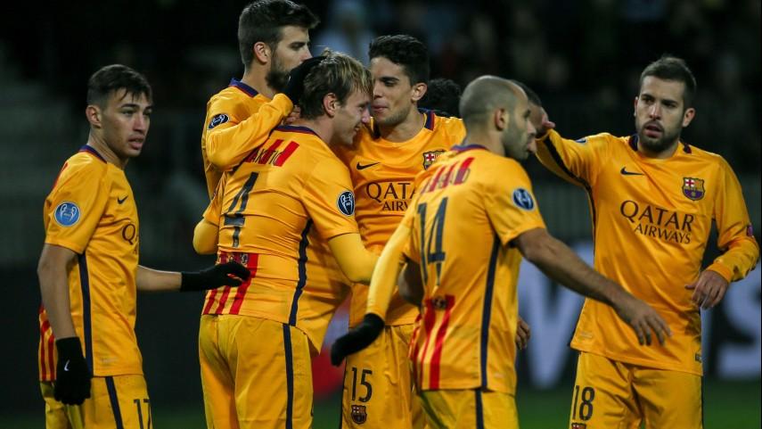 Barcelona y Valencia se mantienen firmes en Champions
