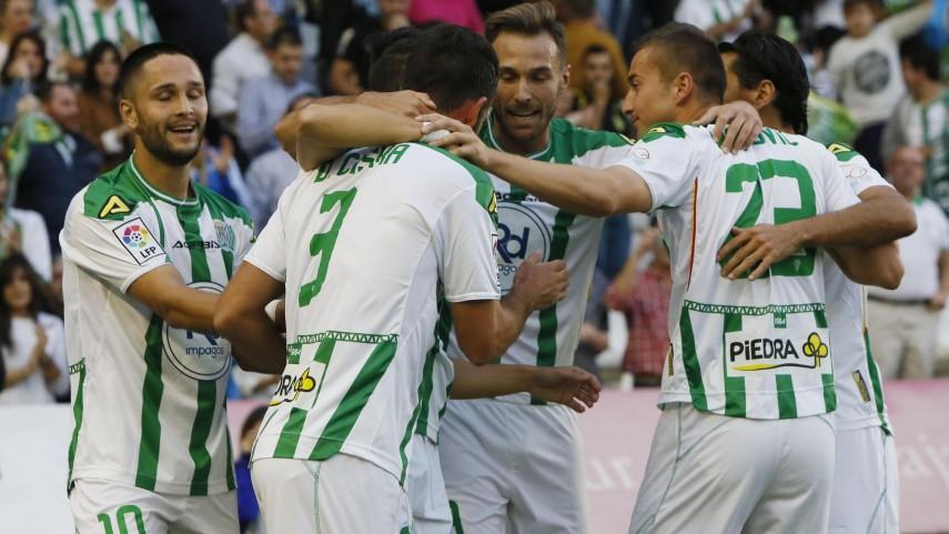 El Córdoba asalta el liderato de la Liga Adelante