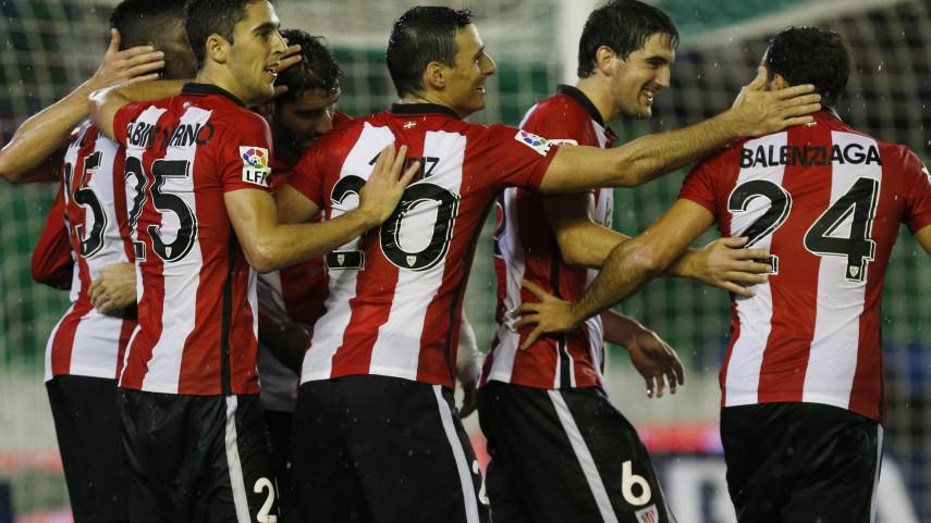 Iñaki Williams y Raúl García firman el primer triunfo del Athletic a domicilio