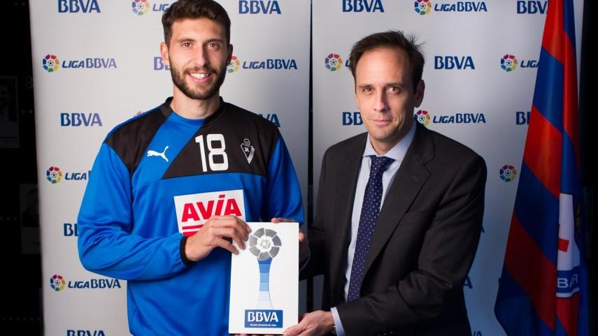 Borja Bastón, mejor jugador de la Liga BBVA en octubre