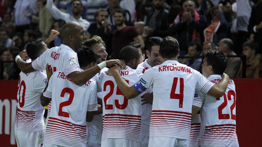 El Sevilla supera al Real Madrid en el Sánchez-Pizjuán