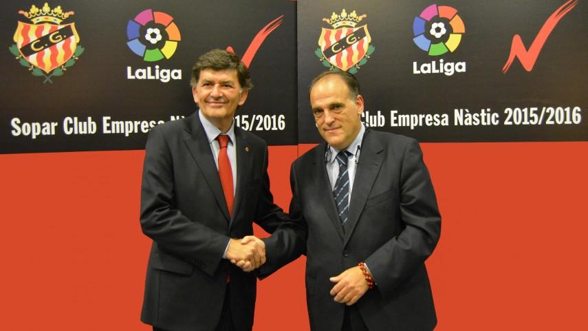LaLiga estudia la posibilidad de parar la Liga Adelante por los partidos internacionales