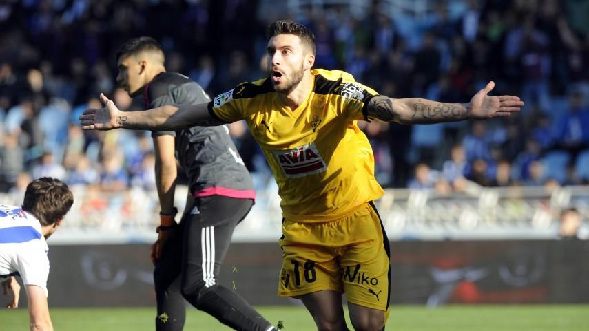 Borja Bastón, Sanabria y Bakambu, los debutantes más goleadores de esta temporada