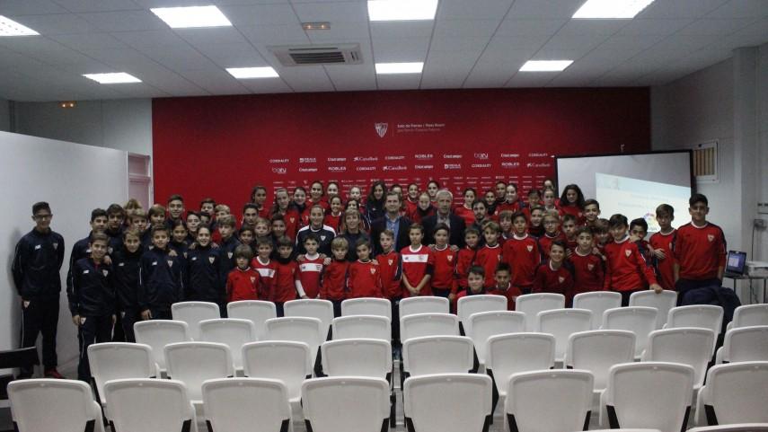 El Sevilla recibe la visita de los talleres de integridad de LaLiga