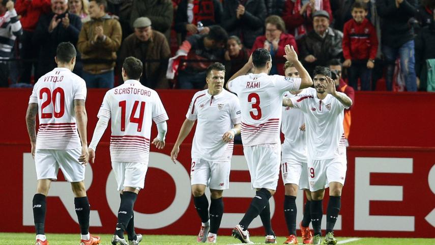 El Sevilla hace gala de su solidez como local