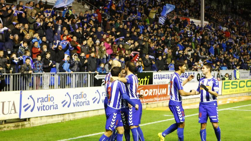 El Alavés aumenta su ventaja al frente de la Liga Adelante