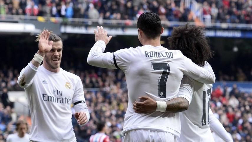 Bale, Benzema y Cristiano hacen disfrutar al Bernabéu