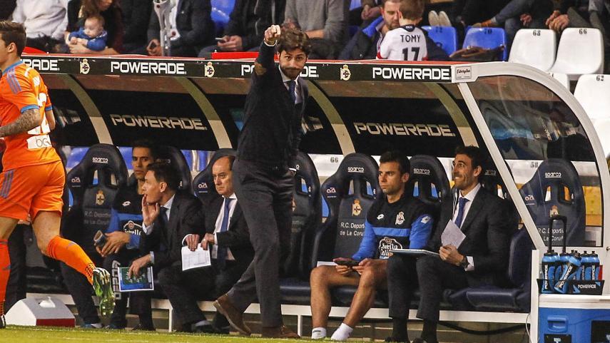 Víctor Sánchez del Amo renueva con el RC Deportivo