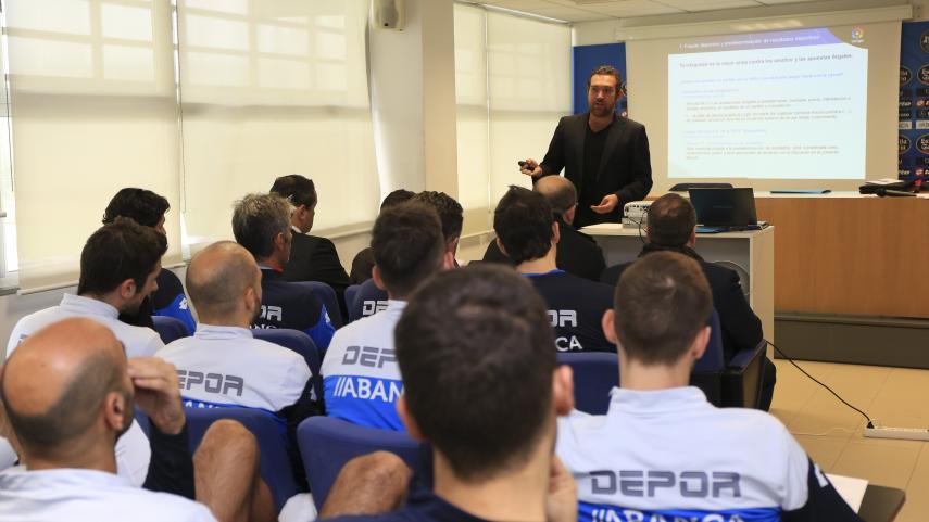 Deportivo y Lugo reciben el taller de integridad de LaLiga