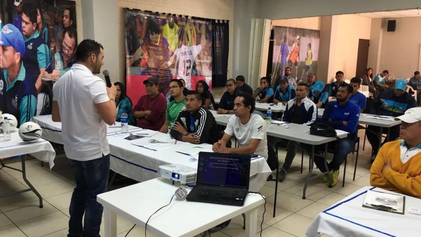 Comienza la 2ª Fase del proyecto 'Escuela LaLiga San Salvador'