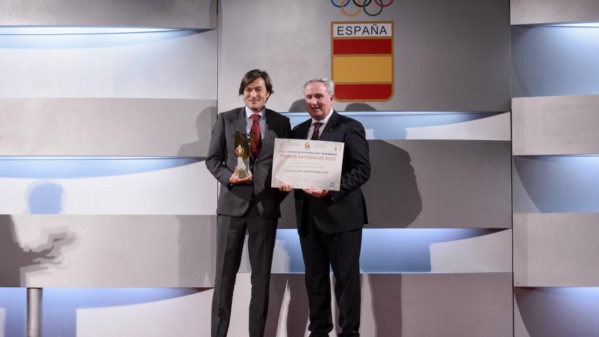 LaLiga recibe de la Federación de Taekwondo el Premio Nacional a la Empresa más colaboradora en 2015