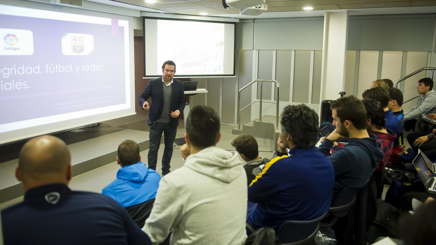 LaLiga runs workshop on social-media management with La Masia youth coaches