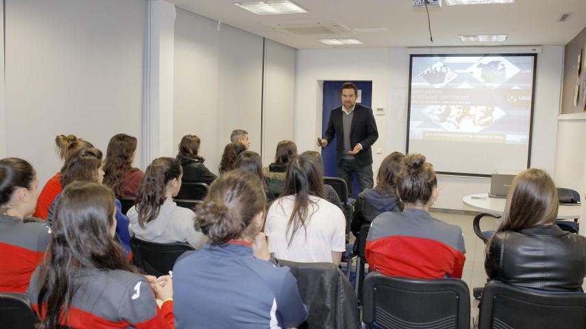 Girona, Llagostera, Almería y Espanyol Femenino acogen el taller de integridad de LaLiga