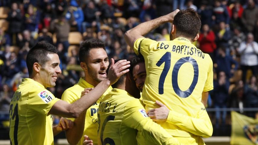 El Villarreal se exhibe en el derbi valenciano