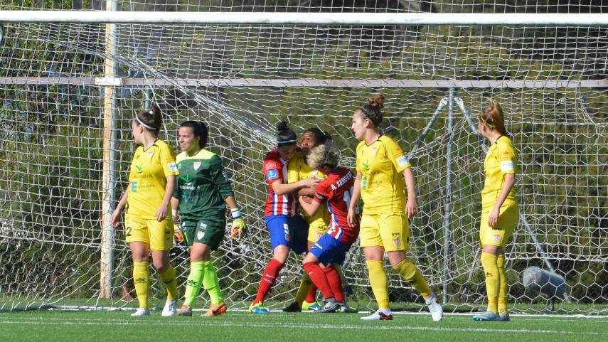 El At. Madrid Féminas sufre, pero mantiene el pulso con Athletic y Barcelona