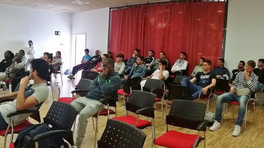 El Rayo Vallecano recibe el taller de integridad de LaLiga