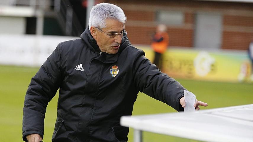 Fabri González deja de ser entrenador de la Ponferradina