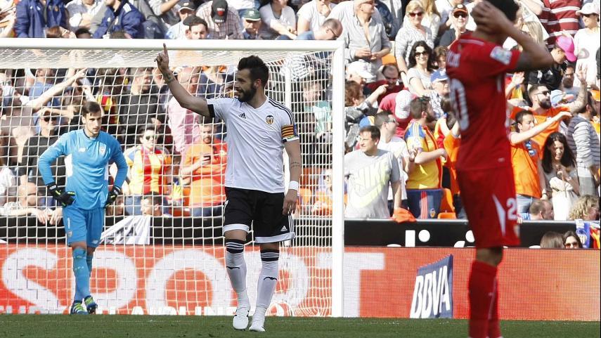 Negredo rescata tres puntos de oro para el Valencia