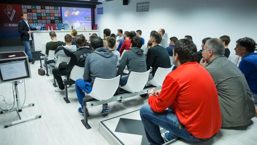 Cinco nuevos equipos acogen el taller de integridad de LaLiga