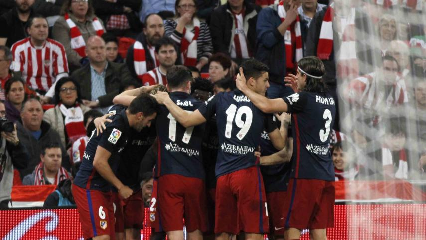 El Atlético mantiene el pulso al Barcelona