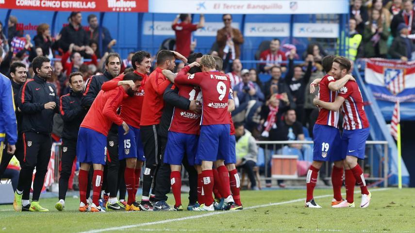 Correa mantiene al Atlético al pie del cañón
