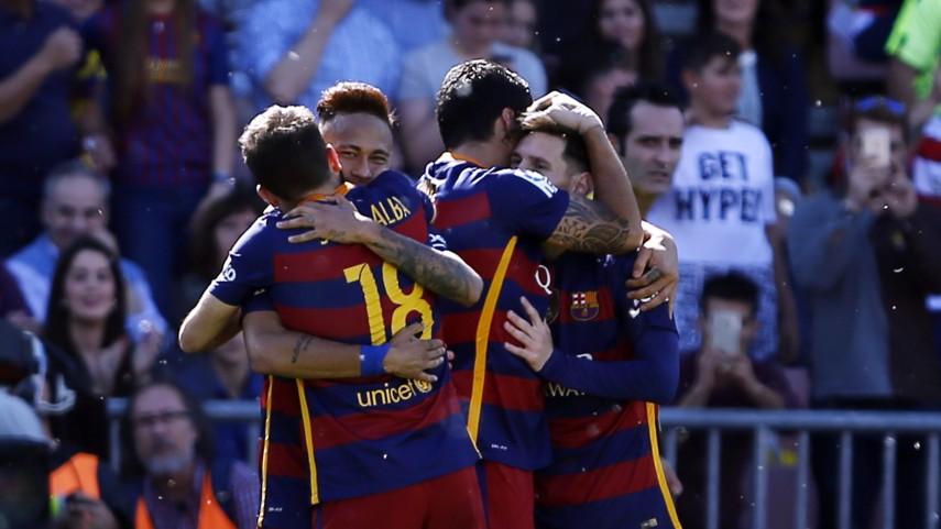 Luis Suárez conquista Granada y el FC Barcelona, la Liga BBVA