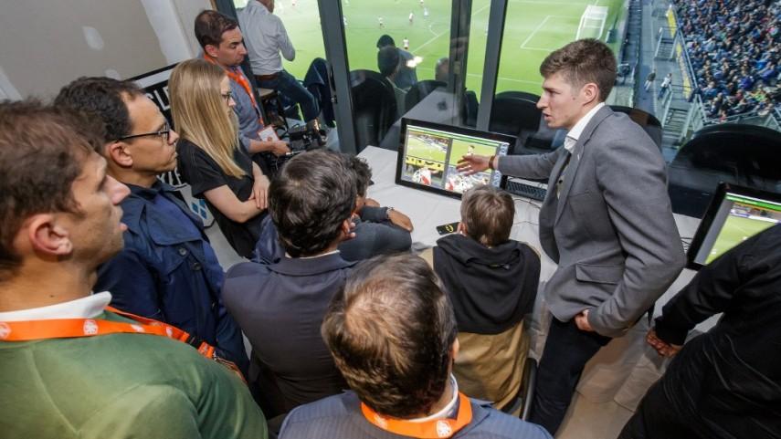 LaLiga se sumará a la iniciativa de la IFAB sobre la incorporación de árbitros asistentes con vídeo