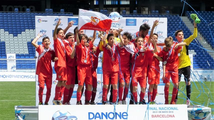 El Sevilla FC se alza con la Danone Nations Cup 2016 y representará a España en la Final Mundial del torneo de París