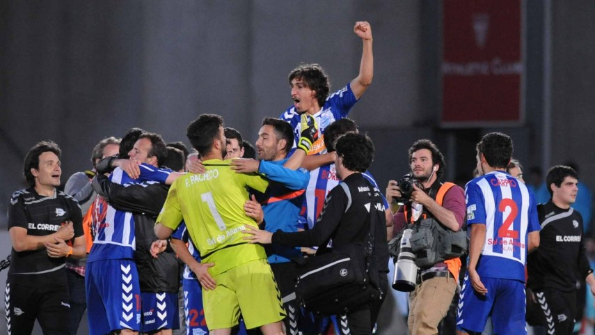 Alavés y Leganés tiran de garra para seguir en lo más alto de la Liga Adelante