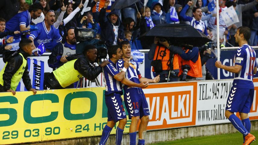 Los clubes de #LaLiga felicitan al Alavés por el ascenso